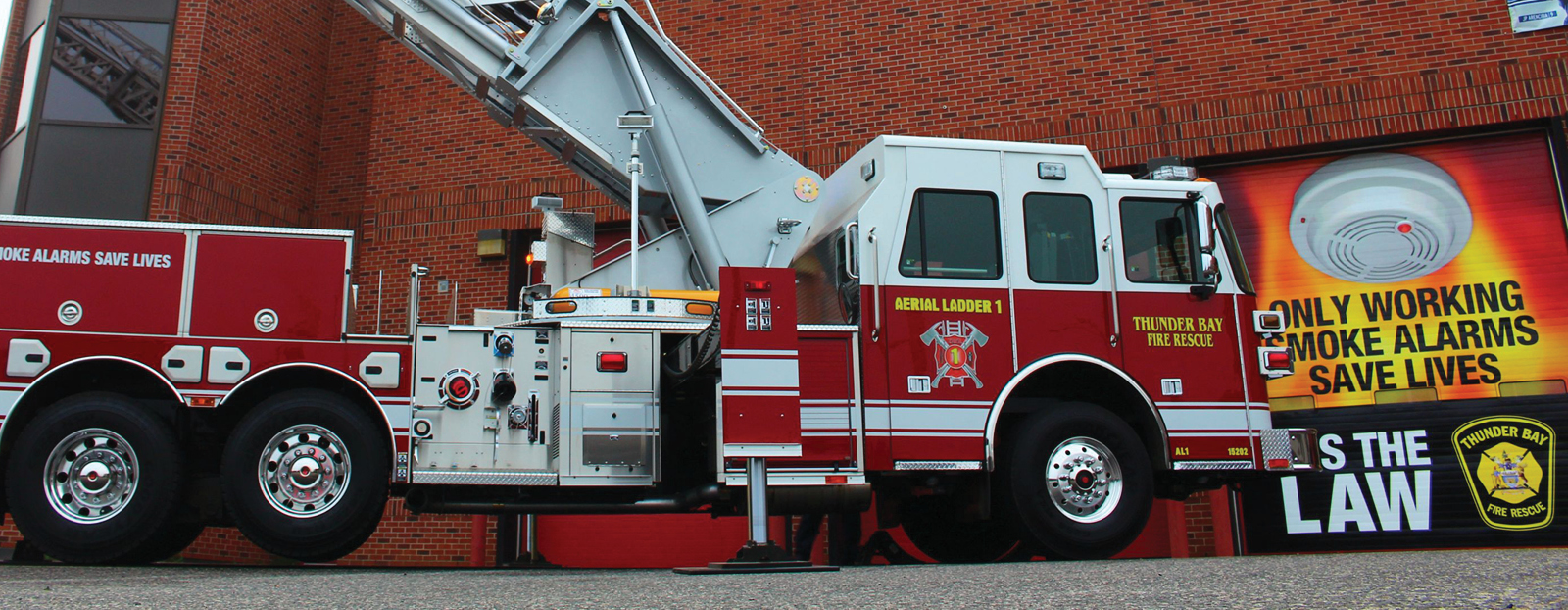 Thunder Bay fire truck